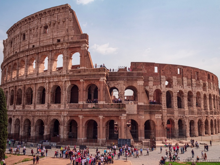 It is undoubtedly an architecture wonder - Colosseo