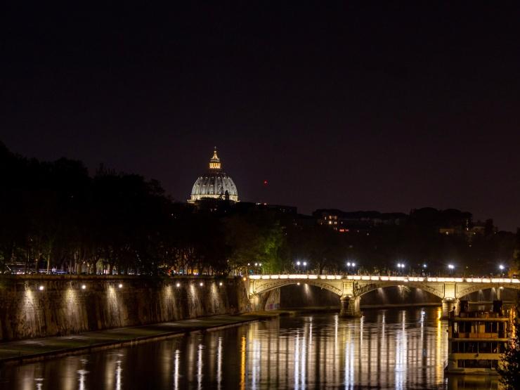 Vibrant scene from Ponte de Sisto bridge in Rome